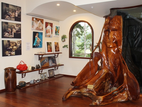 Art Gallery Maleny at Secrets on the Lake