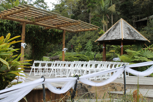 Wedding Venue - Secrets on the Lake Maleny Accommodation