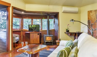 romantic accommodation maleny