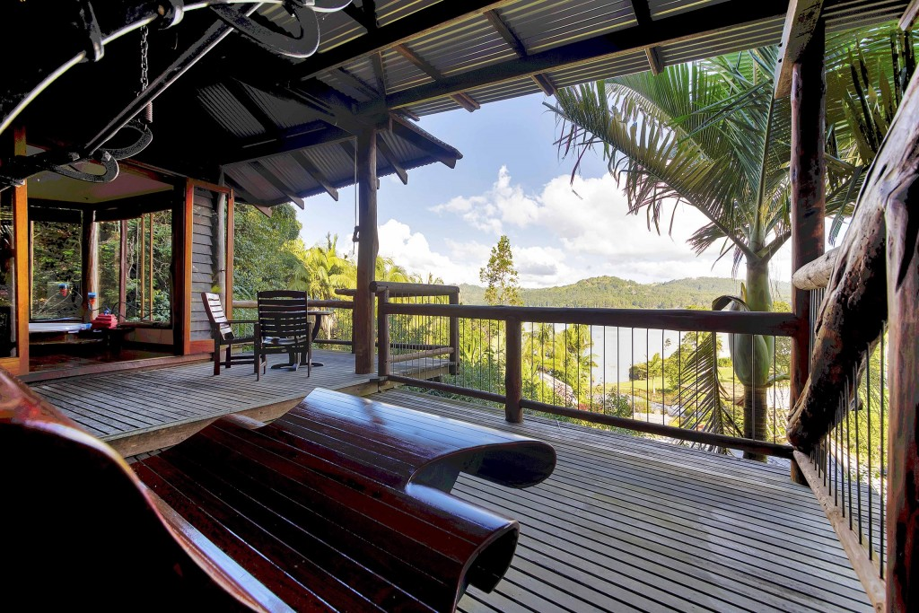 Possums - Secrets on the Lake Maleny Accommodation